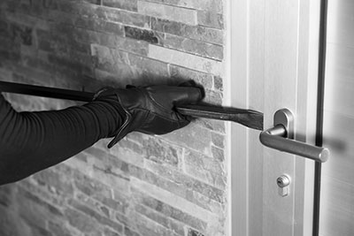 how to avoid home burglary